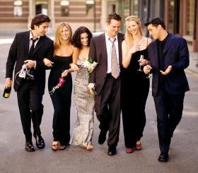 Дженнифер Энистон рассказала, что актеры сериала «Друзья» снова работают вместе