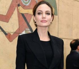 Анджелина Джоли не согласна с решением суда по делу о разводе с Брэдом Питтом