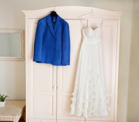 Модные образы для жениха и невесты 2021